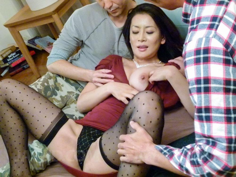 Preview AV Stockings - Rei Kitajima in stockings has cunt penetrated while sucking dick